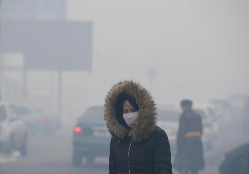 Mascherine per lo smog a Ulan Bator